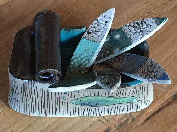 Boites à sardines multi-fonctionnelles (apéro, savon, bijoux, éponge, etc...) Les sardines peuvent être utilisées comme repose couverts ou en suspension