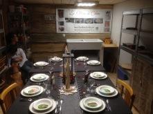 La table est prête pour acceullir les invités