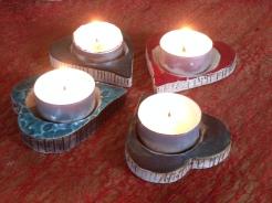 Porte bougies en forme de coeur. Ambiance de chaleureuse en soirée.