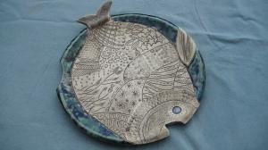 Plat en forme de poisson (diam. 25cm)