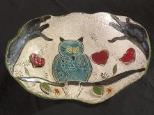 Plat réalisé par une adolescente de 12 ans lors d'un atelier de poterie