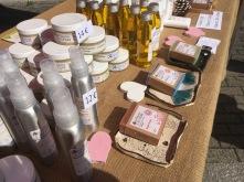 Partenariat avec la savonnerie du cèdre. Mes porte-savons étaient aussi disponible sur le stand de la savonnerie du Cèdre.