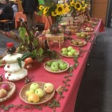 Décoration fruitière: marché du terroir Hegeney