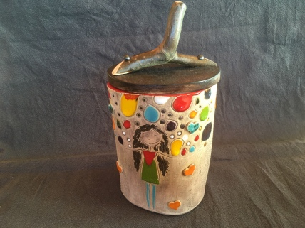 Pot avec couvercle en bois