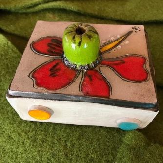 """Porte savon avec décoration """"fleur d'hibiscus"""""""